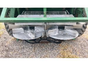 Venta de Abonadoras Arrastradas Agrinox abonadora  mz 9000 usados