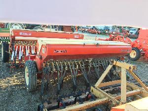 Venta de Sembradoras en línea mecánica Lamusa sembradora  standard 3l reja + preparador usados
