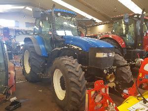 Comprar online Tractores agrícolas New Holland tm155 de segunda mano