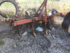 Verkauf von Untergrundlockerer Unbekannt subsolador 5 brazos en v gebrauchten Landmaschinen