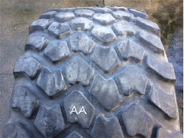 Neumáticos Agrícolas 24R21 Michelin XZL 176G TL USED AA  MICHELIN