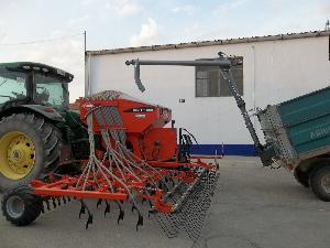 Verkauf von Landwirtschaftliche Anhänger Desconocida sinfin remolque gebrauchten Landmaschinen