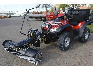 Verkauf von Kehrmaschinen RUIZ GARCIA J&J 1,40 m -atv, utv, tractor gebrauchten Landmaschinen