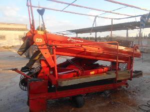 Verkauf von Kartoffelvollernter Kverneland un 1700 gebrauchten Landmaschinen
