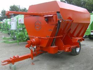 Verkauf von Remolques Unifeed Lombarte 310 gebrauchten Landmaschinen