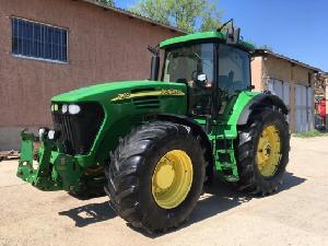Verkauf von Traktoren John Deere 7920 gebrauchten Landmaschinen