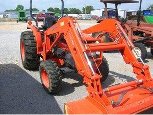 Verkauf von Minibagger Kubota l3830 4x4 gebrauchten Landmaschinen