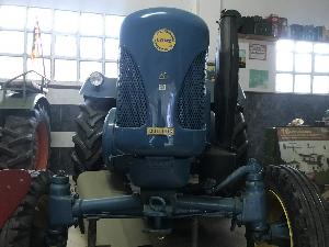 Verkauf von Oldtimer Traktoren Lanz bulldoc 40 gebrauchten Landmaschinen