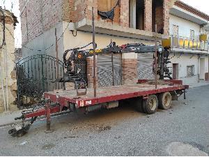 Verkauf von Landwirtschaftliche Anhänger Gili remolque con grúa gebrauchten Landmaschinen