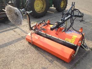 Verkauf von Kehrmaschinen Tuchel eco 520 - 150 gebrauchten Landmaschinen
