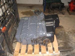 Acheter en ligne Pièces de rechange Unimog Mercedes motor om 352  d'occasion