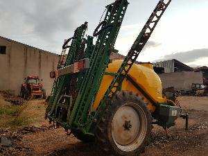Offres Pulvérisateurs Fitosa arrastrado 3200 litros 18 metros d'occasion