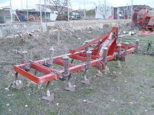Venta de Aratri Tirati Escudero semichisel 13 brazos usados