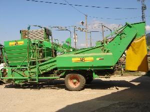 Offerte Scava raccogli patate A.V.R. mc 120 usato