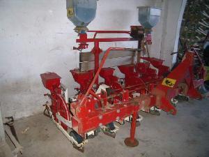 Venta de Seminatrici meccaniche in linea Gilles b-6 usados