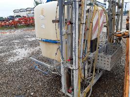 Pulverizadores pulverizador multeyme 1500L 12M multeyme