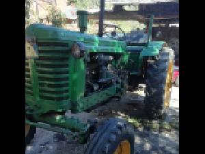 Venda de Tractor antigo Belarus mt3 usados