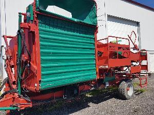 Venda de Colheitadeiras de batata Carlotti cosechadora de patatas spring 750/35 - usados