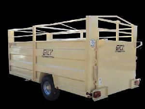 Comprar on-line Reboques para Transporte de Animais Gili remolque rv5 em Segunda Mão