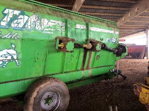 Comprar on-line Misturadora Horizontal Tatoma carro mezclador unifeed 16 metros cúbicos em Segunda Mão