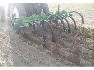 Venda de Cultivadores Magrican aricador, estancador, cultivador para hacer hoyas o pozas (para remolacha, maíz, girasol) usados
