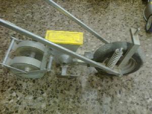 Venda de Semeadores em linha mecânicos BASS bs-002 c usados