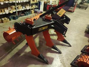 Comprar on-line Subsoladores Moreno 5 brazos 40 reforzado con rodillo puas em Segunda Mão