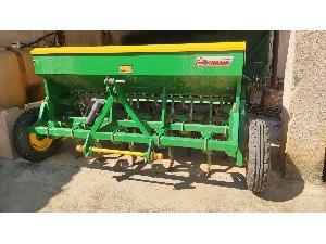 Venda de Semeador pneumático Gil sembradora usados