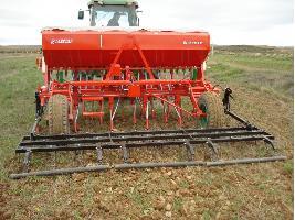 Sembradora de siembra directa de reja de 3.5 metros para cereales Larrosa
