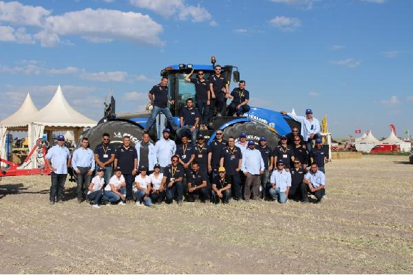 New Holland destaca en DEMOAGRO 2015