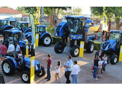 NEW HOLLAND EN FERCAM 2018 - 0
