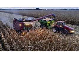 El centro Eurecat lidera un proyecto que une maquinaria agrícola e internet