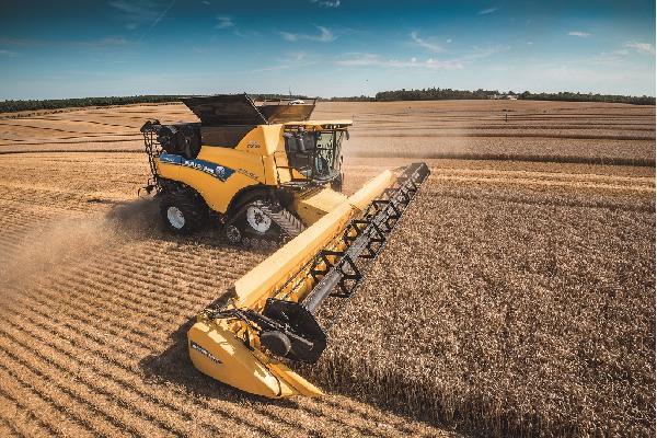 New Holland amplía la serie de cosechadoras CR Revelation y lleva  la automatización a un nuevo nivel