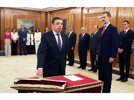 Pedro Sánchez busca ministro de Agricultura