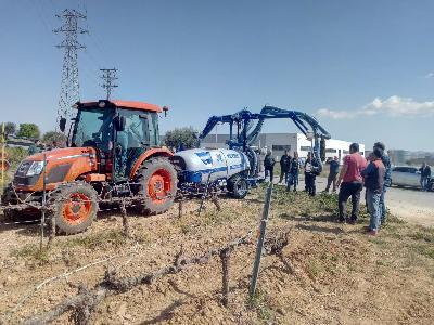 JORNADA DE DEMO EN AGRICOLA MAYO CON LOS TRACTORES KIOTI. - 1