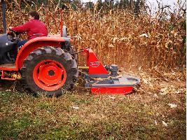 El Gobierno quiere acabar con los tractores antiguos de más de 40 años y abre la puerta a tramitar su baja de oficio