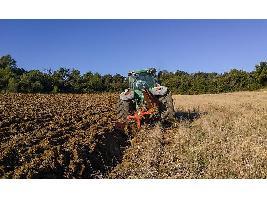 UPA y Unión de Uniones piden que el sector agrario tenga una aplicación diferenciada del registro de la jornada laboral